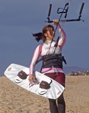 Kite and surf camps for women and girls
